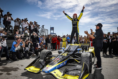 Honda clinched it's 10th NTT INDYCAR SERIES Manufacturers' Championship, and fourth in succession, today with a 1-2-3-4 sweep of the top finishing positions at the Firestone Grand Prix of Monterey, California.